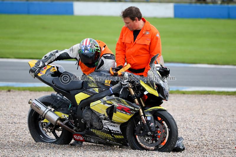 IMAGE: http://www.davidstallardphotography.com/Petrol-Head/Motorcycles/No-Limits-Donington-10-10-15/i-XXxGNG3/0/L/No%20Limits%20Donington%2010-10-15%200192-L.jpg