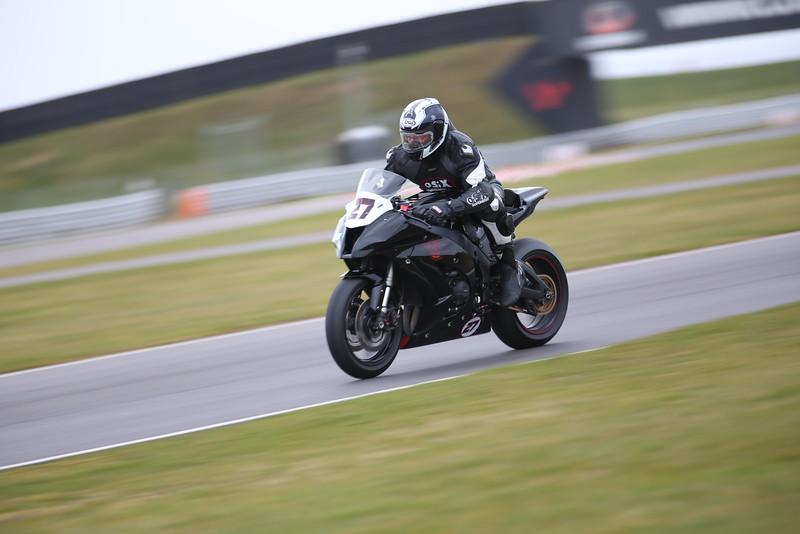 IMAGE: http://www.davidstallardphotography.com/Petrol-Head/Motorcycles/No-Limits-Snetterton-21-03-15/i-PxrT9GS/0/L/No%20Limits%20Snetterton%2021-03-15%20%20481-L.jpg