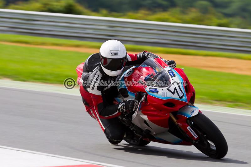 IMAGE: http://www.davidstallardphotography.com/Petrol-Head/Thundersport-Snetterton-23-06/i-v9G2GSL/0/L/Thundersport-Snetterton-23-06-L.jpg