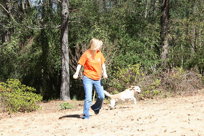 Kelly throwing the ball for Jasmine - Feb 2008.