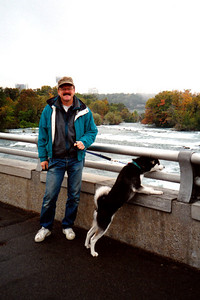 Doug and Clea at Niagara Falls