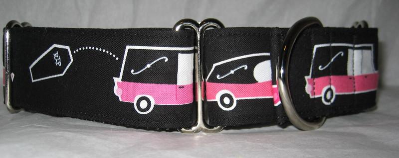 "Hearse Pink 1 1/2"" wide collar"