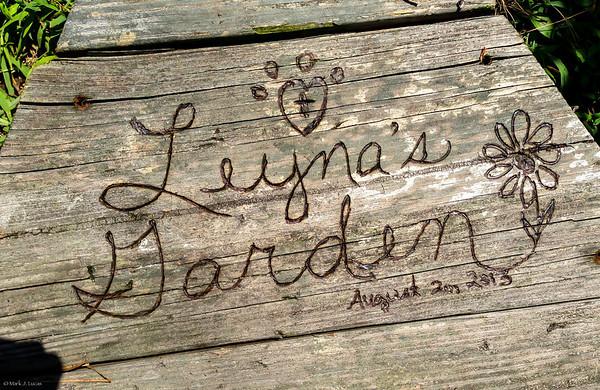 Leyna's Burial AUG 2013