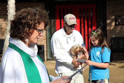 IMG_7414jcarrington StP 12 pet blessing