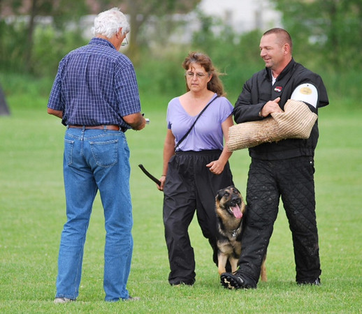 Ika, side transport<br /> Fox Valley Police & SchH Club
