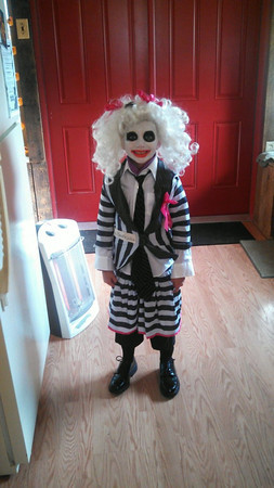 shelby shilling age 6 dressed as Mrs. Beetle Juice<br /> <br /> Photographer's Name: cindy shilling<br /> Photographer's City and State: Patton, PA