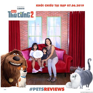 PETS-Reviews-Dang-cap-Thu-cung-Phan-2-instant-print-photo-booth-in-hinh-lay-lien-Su-kien-ra-mat-phim-CGV-VivoCity-WefieBox-Photobooth-Vietnam-760