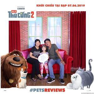 PETS-Reviews-Dang-cap-Thu-cung-Phan-2-instant-print-photo-booth-in-hinh-lay-lien-Su-kien-ra-mat-phim-CGV-VivoCity-WefieBox-Photobooth-Vietnam-754