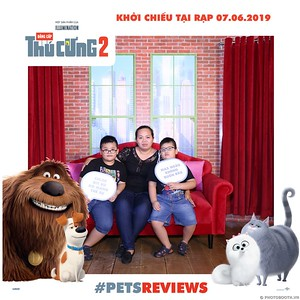 PETS-Reviews-Dang-cap-Thu-cung-Phan-2-instant-print-photo-booth-in-hinh-lay-lien-Su-kien-ra-mat-phim-CGV-VivoCity-WefieBox-Photobooth-Vietnam-753