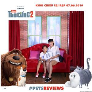 PETS-Reviews-Dang-cap-Thu-cung-Phan-2-instant-print-photo-booth-in-hinh-lay-lien-Su-kien-ra-mat-phim-CGV-VivoCity-WefieBox-Photobooth-Vietnam-728