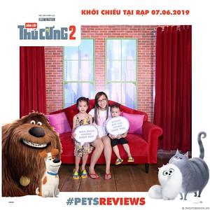 PETS-Reviews-Dang-cap-Thu-cung-Phan-2-instant-print-photo-booth-in-hinh-lay-lien-Su-kien-ra-mat-phim-CGV-VivoCity-WefieBox-Photobooth-Vietnam-743