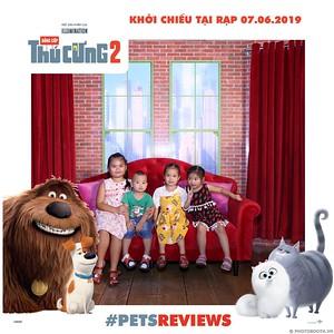PETS-Reviews-Dang-cap-Thu-cung-Phan-2-instant-print-photo-booth-in-hinh-lay-lien-Su-kien-ra-mat-phim-CGV-VivoCity-WefieBox-Photobooth-Vietnam-738