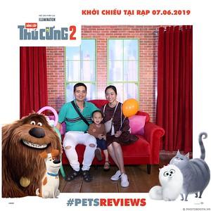 PETS-Reviews-Dang-cap-Thu-cung-Phan-2-instant-print-photo-booth-in-hinh-lay-lien-Su-kien-ra-mat-phim-CGV-VivoCity-WefieBox-Photobooth-Vietnam-735