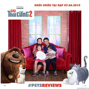 PETS-Reviews-Dang-cap-Thu-cung-Phan-2-instant-print-photo-booth-in-hinh-lay-lien-Su-kien-ra-mat-phim-CGV-VivoCity-WefieBox-Photobooth-Vietnam-768