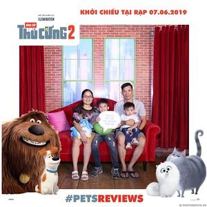 PETS-Reviews-Dang-cap-Thu-cung-Phan-2-instant-print-photo-booth-in-hinh-lay-lien-Su-kien-ra-mat-phim-CGV-VivoCity-WefieBox-Photobooth-Vietnam-746