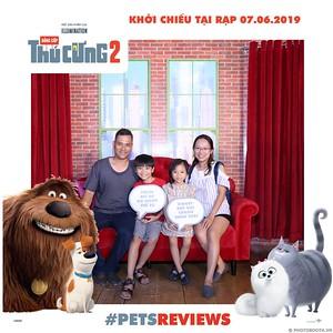 PETS-Reviews-Dang-cap-Thu-cung-Phan-2-instant-print-photo-booth-in-hinh-lay-lien-Su-kien-ra-mat-phim-CGV-VivoCity-WefieBox-Photobooth-Vietnam-756