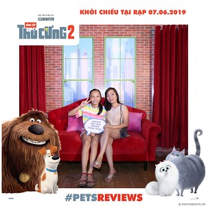 PETS-Reviews-Dang-cap-Thu-cung-Phan-2-instant-print-photo-booth-in-hinh-lay-lien-Su-kien-ra-mat-phim-CGV-VivoCity-WefieBox-Photobooth-Vietnam-730