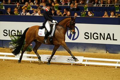 Das Finale der Meggle Champions 2010 in der Westfalenhalle Dortmund Laura Bechtolsheimer auf Andretti H
