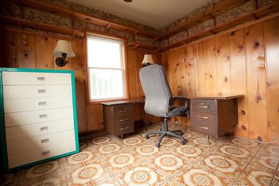 Main Floor Office/Den