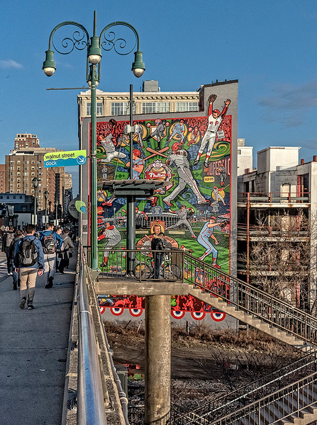 Walnut Street Bridge, Phillies Mural