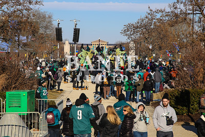 EaglesParadeCrowd-7958