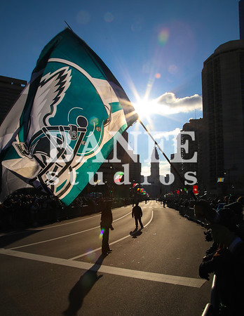 EaglesParadeCrowd-7942