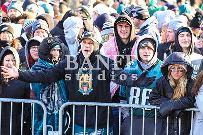EaglesParadeCrowd-7898
