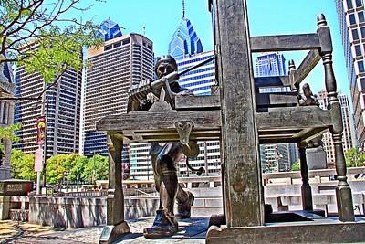 Benjamin Franklin Statue City View