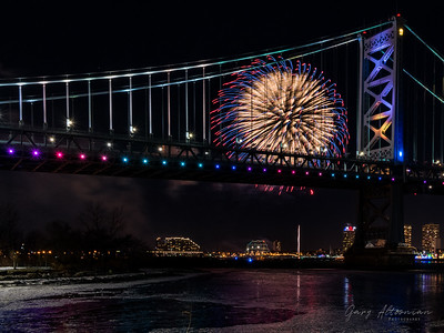 2017-12-31 - Philly Fireworks New Years Eve (69)-Edit-2