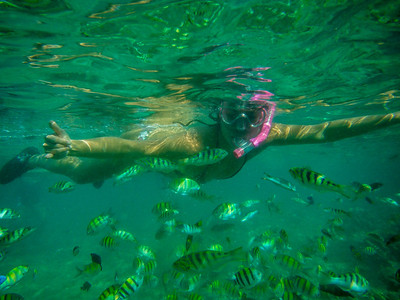 from Marivelle's camera: Anna Pradka at the Balicasan reef by Alona Beach, Pangliao.