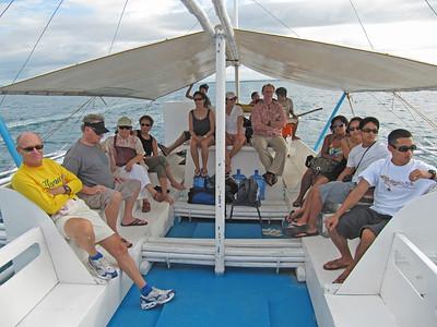 Talibon09 touring group on boat