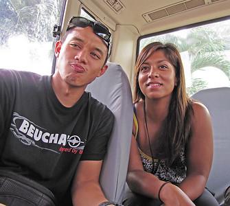 Justin, Anita in bus