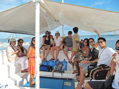 Talibon09 touring boat group2