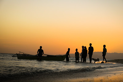 Fishermen near Anda Beach, Bohol