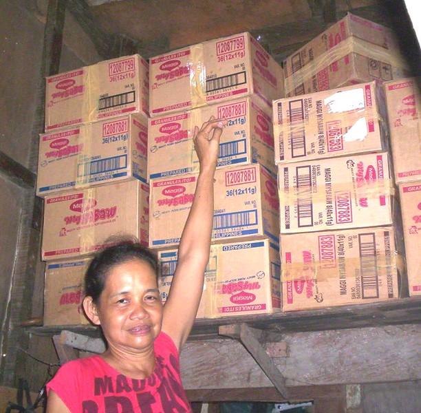 Lilia Pascual, storehouse