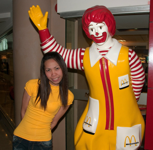 Mayet and Ronald McDonald in Manila, March 2009