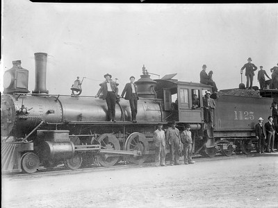 2018.18.FN.017--philip weibler collection 5x7 sheet film neg--CRI&P--steam locomotive 4-6-0 1125--Albert Lea MN--1904 0000