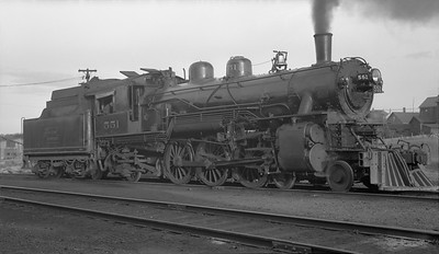 2010.012.N.002--phil weibler collection 116 neg [John Boose]--DSS&A--steam locomotive 4-6-2 551--Marquette MI--1939 0826