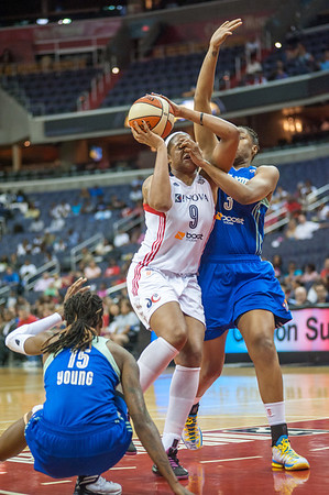 WNBA Basketball 2013: Washington Mystics defeats NY Liberty 70-52