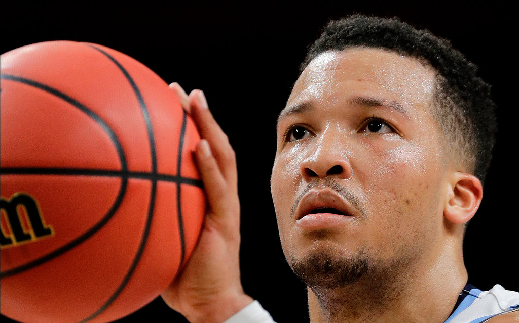 . Villanova\'s Jalen Brunson shoots a free throw during the second half in the semifinals of the Final Four NCAA college basketball tournament against Kansas, Saturday, March 31, 2018, in San Antonio. (AP Photo/David J. Phillip)