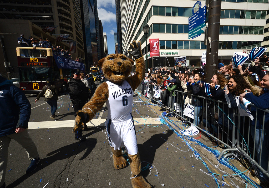 . PETE  BANNAN-DIGITAL FIRST MEDIA     Villanova mascot Will D. Cat marches along the Market St. during their National Championship parade Thursday.