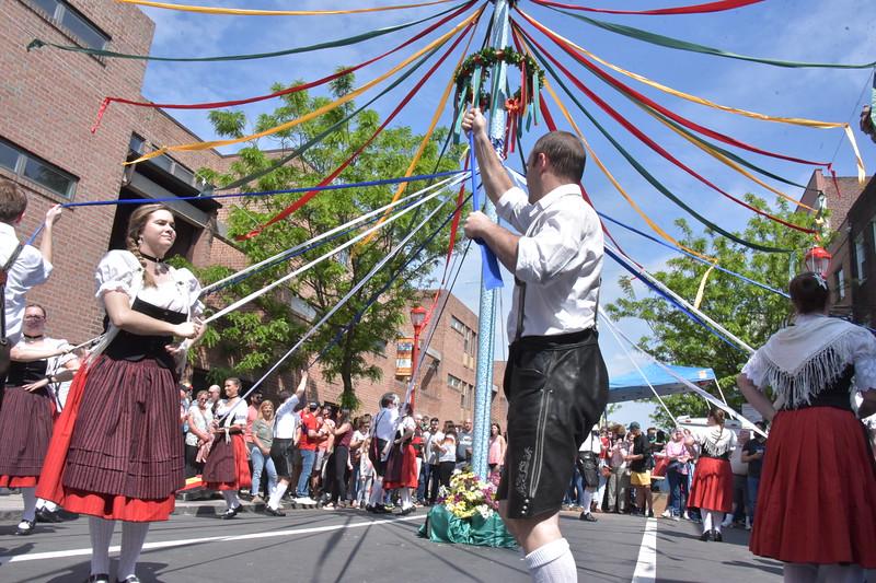 South Street May 2019 Festival - Maifest Pole