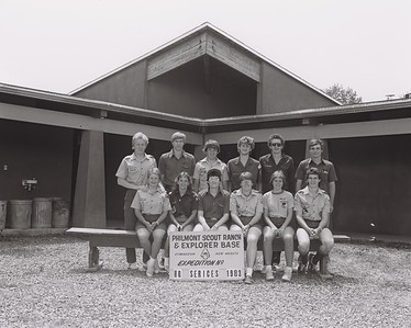 1983_STAFF_HQ_SERVICES_1