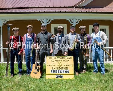Peublano Staff Left to right: John Wallach, Jacob Thate, Austin McCord, Kyle Soyer, Ian Shown, John Engle, Michael Sieja