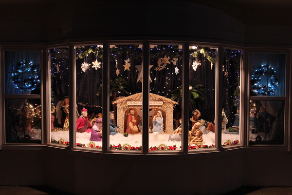 Special photo by Travis Sloat<br /> Ruby Smith's nativity set is visible on the 500 block of North Willey Street in Fort Gibson. Smith made the set 16 years ago.