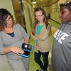CATHY SPAULDING/Muskogee Phoenix<br /> Pershing Elementary STEAM Lab specialist Lauren Fort shows students Gracie McCoin, center, and Sean Carter, the inner workings of Google Expedition Goggles.