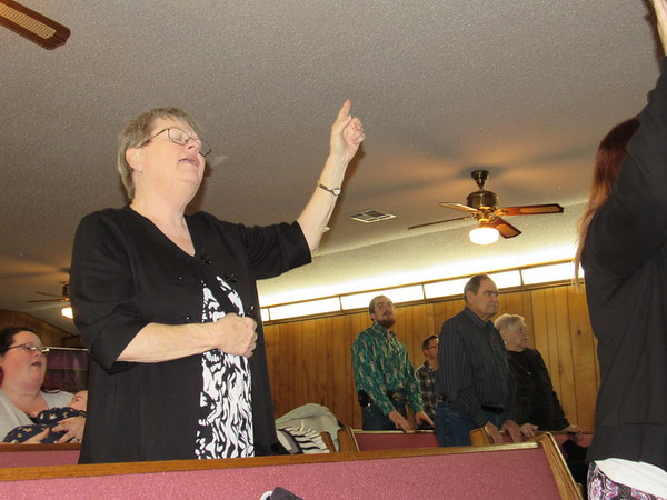 CATHY SPAULDING/Muskogee Phoenix<br /> Worship traditions from two churches blend during Sunday services at Relevant Church