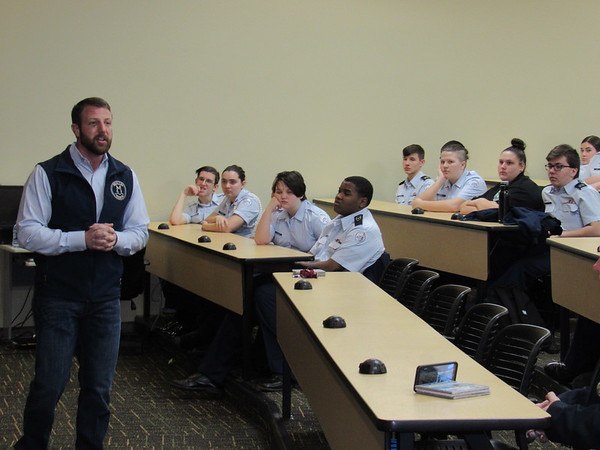 CATHY SPAULDING/Muskogee Phoenix<br /> Congressman Markwayne Mullin tells Muskogee High School Air Force Junior ROTC members about hardships he overcame while growing up.