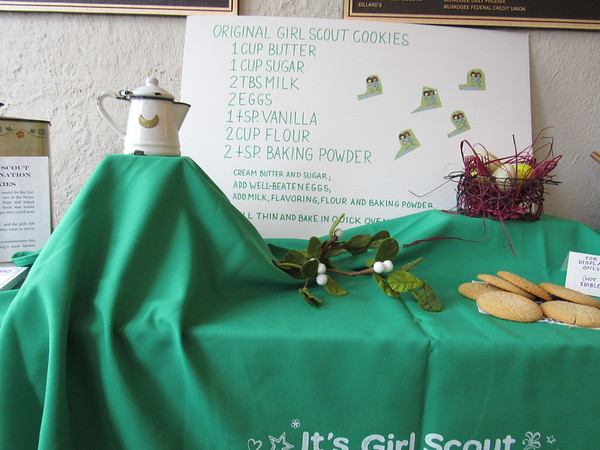 Staff photo by Cathy Spaulding<br /> A Three Rivers Museum display features the original recipe for Girl Scout Cookies. The museum will help celebrate the Cookies' Centennial on Saturday.