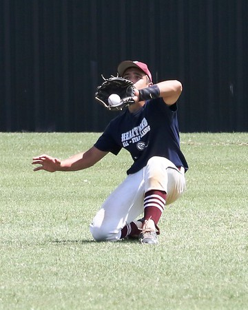 Phoenix special photo by John Hasler<br /> Eufaula's Hunter Hiler, shown making a catch for Oklahoma Navy during last year's Heartland Classic, will suit up this season for Oklahoma Teal. The Classic begins today with softball action at Connors State and Warner High School.
